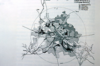 Berlin: The Greater Berlin Zoning Plan, 1925. Black=industrial; cross-hatched=mixed. The circle=20K radius. Reference only.
