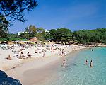 Spain, Mallorca, Cala Mondrago: Beach in the South-East   Spanien, Mallorca, Cala Mondrago: Strand im Suedosten der Insel