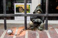 Zwerge aus Bronze in Wroclaw (Breslau), Woiwodschaft Niederschlesien (Województwo dolnośląskie), Polen, Europa<br /> Bronze-dwarfs in Wroclaw,  Poland, Europe