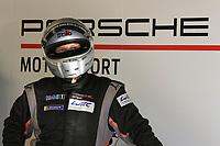 MECHANIC PORSCHE GT TEAM (DEU) PORSCHE 911 RSR – 19 LMGTE PRO