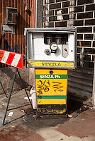 Milano, quartiere Bruzzano, periferia nord. Vecchia pompa di carburante in disuso --- Milan, Bruzzano district, north periphery. Old fuel pump in disuse