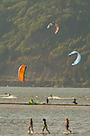 Kite-boarding on the Columbia River in Hood River, Oregon