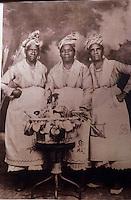 Europe/France/DOM/Antilles/Petites Antilles/Guadeloupe/Pointe-à-Pitre : Vieille photo de la fête des cuisinières