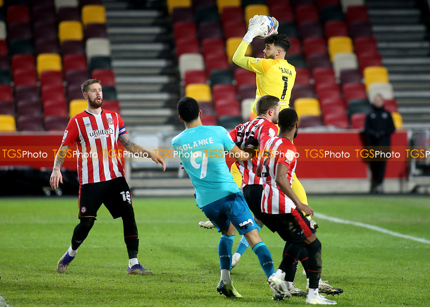 Brentford goalkeeper, David Raya, makes a fine save during Brentford vs AFC Bournemouth, Sky Bet EFL Championship Football at the Brentford Community Stadium on 30th December 2020