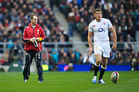 Mike Catt, England Attacking Skills Coach, looks on as Owen Farrell of England prepares to take a penalty kick during the QBE Autumn International match between England and New Zealand at Twickenham on Saturday 01 December 2012 (Photo by Rob Munro)