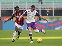 Milano  29-11-2020<br /> Stadio Giuseppe Meazza<br /> Campionato Serie A Tim 2020/21<br /> Milan - Fiorentina<br /> nella foto:  Vlahovic Kessie                        <br /> foto Antonio Saia Kines Milano