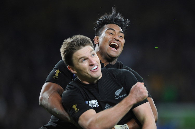 Beauden Barrett of New Zealand celebrates scoring a try with Julian Savea of New Zealandscores a try during the Rugby World Cup Final between New Zealand and Australia - 31/10/2015 - Twickenham Stadium, London<br /> Mandatory Credit: Rob Munro/Stewart Communications