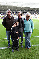 Pictured: Paulo Sousa Manager of Swansea City (centre)<br />