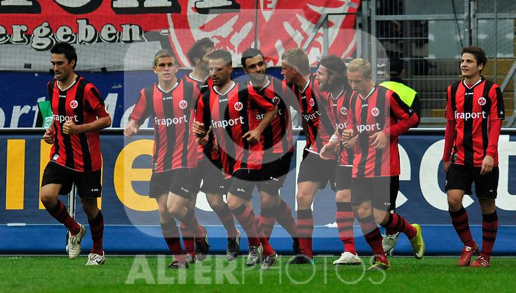 25.09.2010, Commerzbank-Arena, Frankfurt, GER, 1. FBL, Eintracht Frankfurt vs 1.FC Nuernberg, im Bild Eintracht jubel nach dem Treffer zum 2:0, Foto © nph / Roth