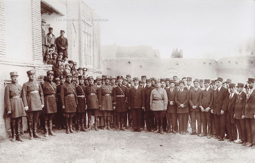 Iran 1930?. Soldiers and civilians in Tabriz, wearing hats. <br /> Iran 1930? .Soldats du Shah et civils portant un chapeau a Tabriz.
