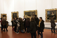 Turisti nella Galleria degli Uffizi a Firenze.<br /> Tourists in the Uffizi Gallery, Florence.<br /> UPDATE IMAGES PRESS/Riccardo De Luca