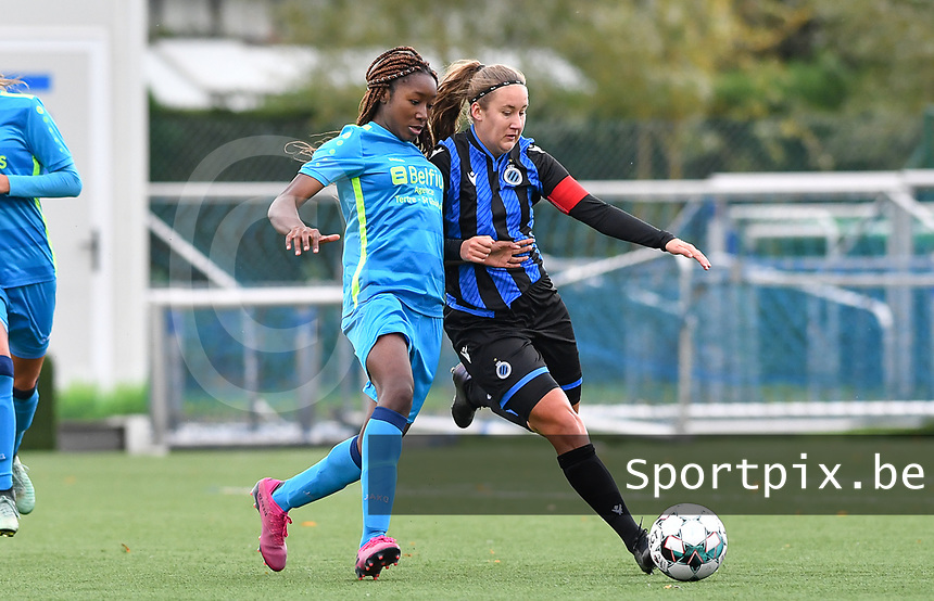 Union's Veronique Zang Bikoula pictured in a fight for the ball with Brugge's Ellen Martens during a female soccer game between the women teams of Club Brugge YLA Dames and Union Saint-Ghislain Tertre-Hautrage Ladies on the 1/16 th qualifying round for the Belgian Womens Cup 2020  2021 , on saturday 26 th of September 2020  in Brugge , Belgium . PHOTO SPORTPIX.BE | SPP | DAVID CATRY