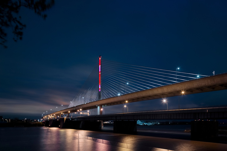 New Year's Eve |  Toledo Veteran's Glass City Skyway Bridge | HLB Lighting