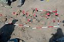 Iraq 2010 <br />The Barzani 's mass graves in the desert of Busaya, near the Saudi border: each flag represents the skull of a Barzani victim  <br />Irak 2010  <br />Les charniers des hommes Barzani éxécutés dans le desert de Busaya, pres de la frontiere seoudienne: chaque drapeau signale le crane d'une victime.