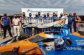 #9: Scott Dixon, Chip Ganassi Racing Honda, podium, 50 wins