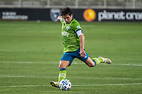 SAN JOSE, CA - OCTOBER 18: Nicolas Lodeiro #10 of the Seattle Sounders takes a free kick during a game between Seattle Sounders FC and San Jose Earthquakes at Earthquakes Stadium on October 18, 2020 in San Jose, California.