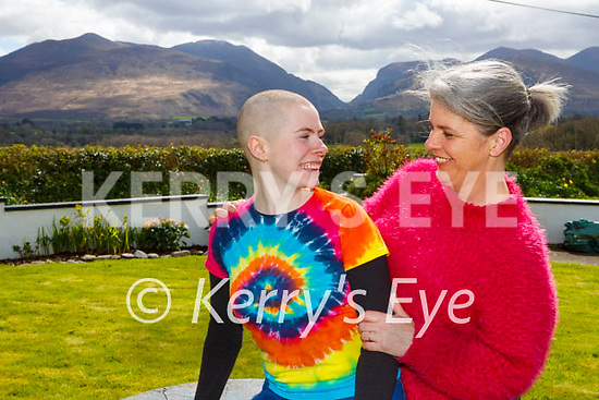Laura Whelton Fossa  shaved her head  for the Kerry Rape Crisis Centre at her home on Tuesday with her mum Fiona
