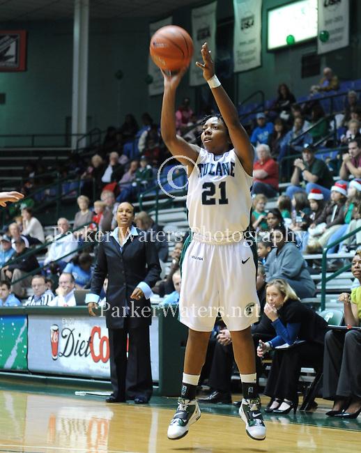 Tulane women's basketball falls to Louisiana Tech 78-72 in Fogelman Arena.