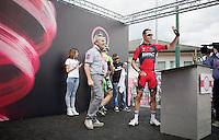 Manuel Quinziato (ITA/BMC) greeting the crowd from the start podium<br /> <br /> 2014 Giro d'Italia <br /> stage 17: Sarnonico - Vittori Veneto (208km)