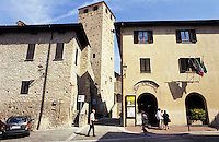 Il Castello Malaspina a Varzi, paese in provincia di Pavia --- Malaspina Castle at the village of Varzi (Pavia)