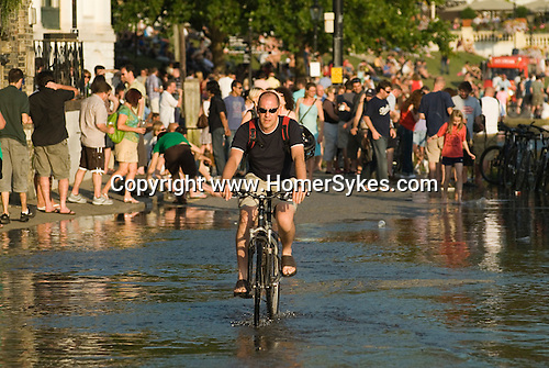Richmond Upon Thames, Surrey, England 2007. High tide