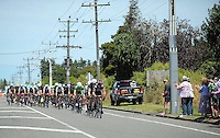 The peloton passes through the Ngaumutawa Rd finish point during stage five of the NZ Cycle Classic UCI Oceania Tour in Masterton, New Zealand on Tuesday, 26 January 2017. Photo: Dave Lintott / lintottphoto.co.nz