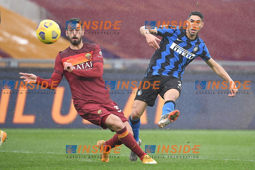 Achraf Hakimi of Inter scores the 1-2 goal during the Serie A football match between AS Roma and FC Internazionale at Olimpico stadium in Roma (Italy), January 10th, 2021. Photo Andrea Staccioli / Insidefoto