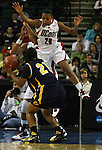 2nd Round of the Women's NCAA Basketball tournament. Sovereign Bank Arena, Trenton, NJ..University of Connecticut vs California....SPORTS.6093.ON SUN. MARCH 29,2009.MARK R. SULLIVAN/CHIEF PHOTOGRAPHER