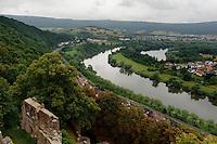 Blick von Henneburg in Stadtprozelten auf das Maintal, Unterfranken, Bayern, Deutschland