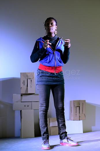 """Samedi 13 février 2016 - Médiathèque Françoise Sagan. A l'initiative du collectif XCLUS, le week end du 13-14 février 2016, s'organise un rassemblement de """"haut-parleur collectif"""", de conteurs, partout en France, Belgique, Canada, …. Il est parrainé par Susie Morgenstern et Serge Bloch qui en a dessiné le logo.<br /> <br /> Paroles militantes avec le collectif des Espiègles : Violaine Joffart, Marie-Laure Picard, Albert Sandoz, et Carole Visconti, Isabela Huet, Vincent Comte, Charles Piquion, Ralph Nataf, Julie Zarka, Faustine Grizard, Oleka Fernandez, Sylvie Mombo, Ilia Castro, Theresa Amoon."""