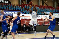 27-03-2021: Basketbal: Donar Groningen v Den Helder Suns: Groningen d/24/ legt aan voor een schot
