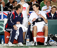 6-4-07, England, Birmingham, Tennis, Daviscup England-Netherlands,  Henman and Captain John Lloyd on the bench