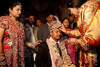 07.12.2008 Delhi(Haryana)<br /> <br /> The groom receiving tilak at his arrival at the wedding ceremony.<br /> <br /> Le marié recevant le tilak a son arrivée a la céremonie.