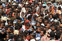 "Afrika MADAGASKAR Pater Pedro Opeka hat die Gemeinde Akamasoa mit Muellsammlern, Bettlern und Sozialschwachen auf einem Huegel bei Antananarivo gebaut, Mittagessen fuer Strassenkinder  | .Africa MADAGASCAR Padre Per Pedro , Akamasoa a social project for the poor in Antananarivo , meal for street children .| [ copyright (c) Joerg Boethling / agenda , Veroeffentlichung nur gegen Honorar und Belegexemplar an / publication only with royalties and copy to:  agenda PG   Rothestr. 66   Germany D-22765 Hamburg   ph. ++49 40 391 907 14   e-mail: boethling@agenda-fototext.de   www.agenda-fototext.de   Bank: Hamburger Sparkasse  BLZ 200 505 50  Kto. 1281 120 178   IBAN: DE96 2005 0550 1281 1201 78   BIC: ""HASPDEHHXXX"" ,  WEITERE MOTIVE ZU DIESEM THEMA SIND VORHANDEN!! MORE PICTURES ON THIS SUBJECT AVAILABLE!! ] [#0,26,121#]"