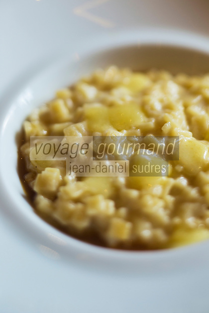 Europe/France/Rhone-Alpes/73/Savoie/Courchevel: Restaurant: Le White, au Cheval Blanc, le Jardin Alpin, Risotto de Crozets de Savoie au Beaufort