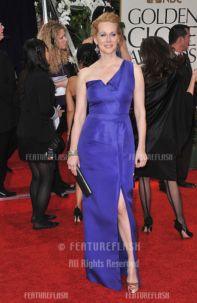 Laura Linney at the 69th Golden Globe Awards at the Beverly Hilton Hotel..January 15, 2012  Beverly Hills, CA.Picture: Paul Smith / Featureflash