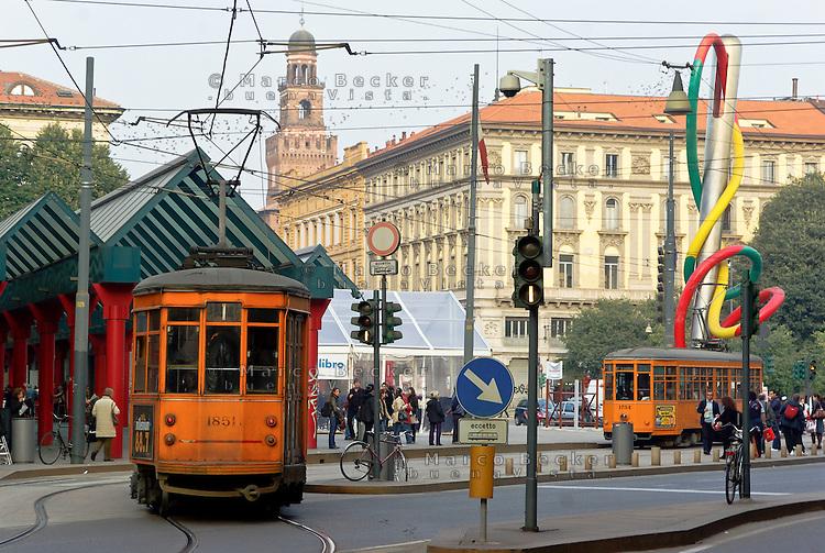 Milano, piazzale Cadorna con sullo sfondo il Castello Sforzesco --- Milan, Cadorna square with the Sforza Castle on the background