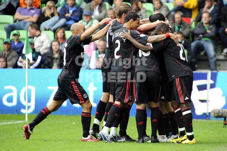 voetbal fc groningen - ajax  seizoen 2009-2010 02-08-2009 ajax viert de 0-2 van dennis rommedahl.
