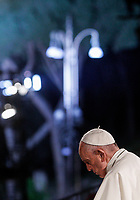 Pope Francis presides over the Via Crucis (Way of the Cross) on Good Friday, in front of the Colosseum, in Rome, April 19, 2018.<br /> UPDATE IMAGES PRESS/Riccardo De Luca<br /> <br /> STRICTLY ONLY FOR EDITORIAL USE Pope Francis presides over the Via Crucis (Way of the Cross) on Good Friday, in front of the Colosseum, in Rome, April 19, 2019.<br />