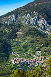 Frankreich, Provence-Alpes-Côte d'Azur, Gorbio: Bergdorf (Village Perché) zwischen Roquebrune und Menton in den franzoesichen Seealpen, abseits der Touristenstroeme | France, Provence-Alpes-Côte d'Azur, Gorbio: mountain village (Village Perché) between Roquebrune and Menton in the French Maritime Alps