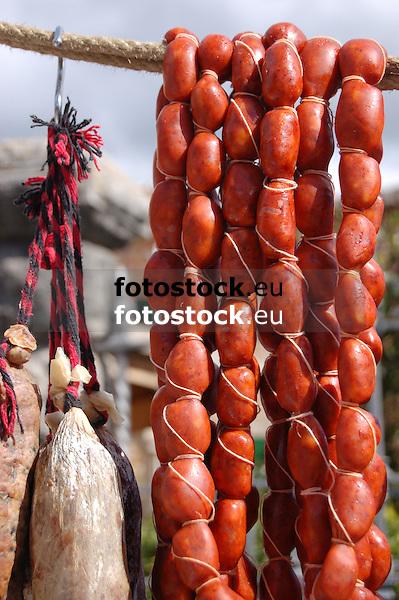 Sobrasada, typical sausage from Majorca<br /> <br /> Sobrasada, salchichas típicas de Mallorca<br /> <br /> Sobrasada, typische Würste aus Mallorca<br /> <br /> 3008 x 2000 px<br /> 150 dpi: 50,94 x 33,87 cm<br /> 300 dpi: 25,47 x 16,93 cm