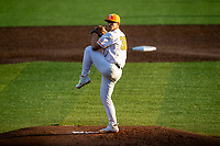 Tennessee Volunteers starting pitcher Chad Dallas (36) delivers a pitch to the plate against the LSU Tigers on Robert M. Lindsay Field at Lindsey Nelson Stadium on March 26, 2021, in Knoxville, Tennessee. (Danny Parker/Four Seam Images)