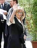La cantante e conduttrice televisiva Iva Zanicchi arriva al matrimonio tra la modella Elisabetta Gregoraci ed il team manager della Renault Formula Uno Flavio Briatore  alla Chiesa di Santo Spirito in Sassia, Roma, 14 giugno 2008..Italian TV show host and singer Iva Zanicchi arrives for the wedding ceremony between top model Elisabetta Gregoraci and Renault F1 boss Flavio Briatore at St. Spirito in Sassia's church in Rome, 14 june 2008..UPDATE IMAGES PRESS/Riccardo De Luca