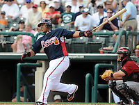 15 March 2009: Infielder Yunel Escobar (19) of the Atlanta Braves hits in a game against the Houston Astros at the Braves' Spring Training camp at Disney's Wide World of Sports in Lake Buena Vista, Fla. Photo by:  Tom Priddy/Four Seam Images