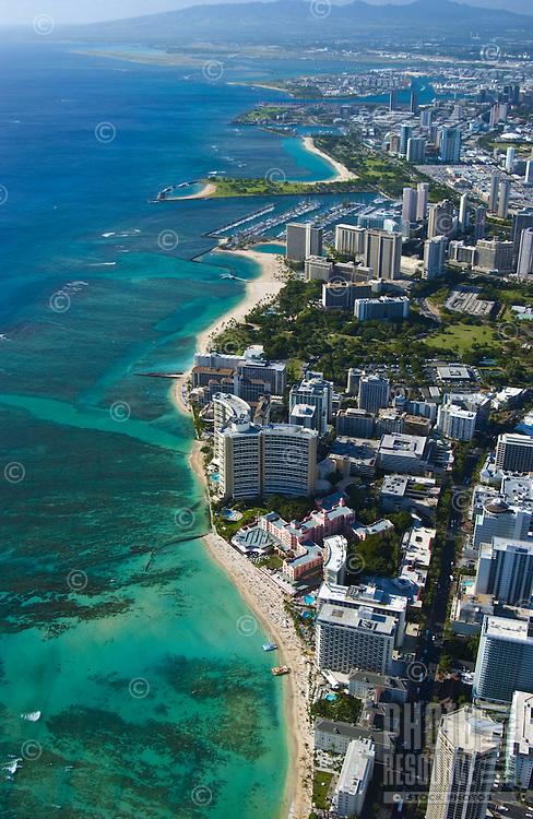 Aerial view looking from Waikiki towards Ala Moana Beach Park and Honolulu International airport