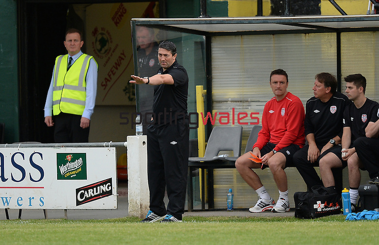 10 July 2014; Manager Peter Hutton, Derry City, in action against, Aberystwyth Town. UEFA Europa League First Qualifying Round, Second Leg, Aberystwyth Town v Derry City. Park Avenue, Aberystwth, Wales. Picture credit: Ian Cook / SPORTINGWALES