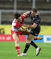 20th November 2020; Totally Wicked Stadium, Saint Helens, Merseyside, England; BetFred Super League Playoff Rugby, Saint Helens Saints v Catalan Dragons; Josh Drinkwater of Catalan Dragons clashes with Lucas Albert of Catalan Dragons off the ball