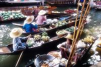 Floating market at Damnoen Saduak, Bangkok. Thailand. Asia.