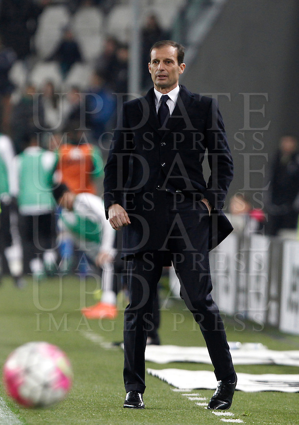 Calcio, Serie A: Juventus vs Sassuolo. Torino, Juventus Stadium, 11 marzo 2016. <br /> Juventus coach Massimiliano Allegri follows the game during the Italian Serie A football match between Juventus vs Sassuolo, at Turin's Juventus Stadium, 11 March 2016.<br /> UPDATE IMAGES PRESS/Isabella Bonotto