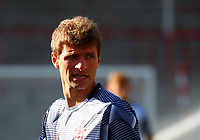 17th May 2020,Stadion An der Alten Försterei, Berlin, Germany; Bundesliga football, FC Union Berlin versus Bayern Munich; Thomas Müller from Bayern warms up before the game